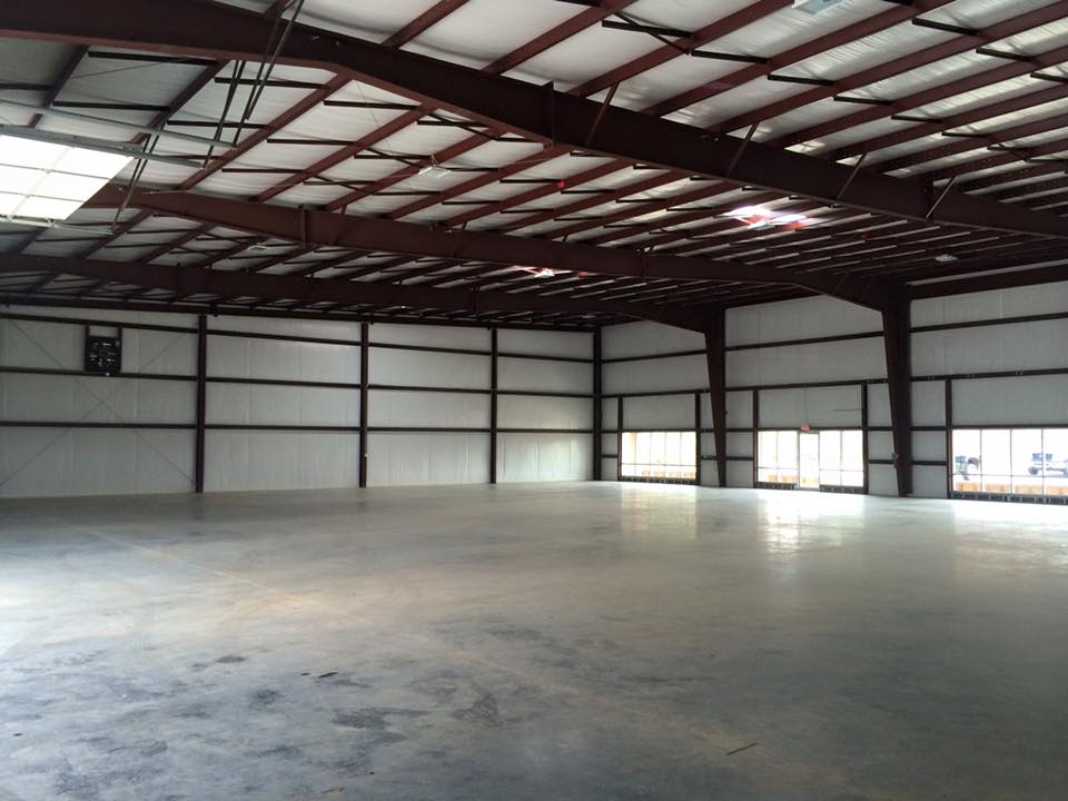 Commercial Steel Garages With An Overhand : Commercial metal steel buildings